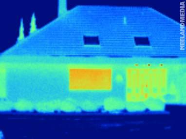 Wärmebildaufnahme mit Falschfarbenpalette